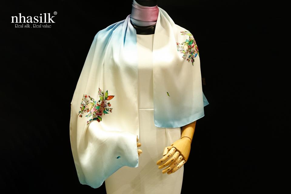 khăn choàng lụa tơ tằm họa tiết mẫu đơn