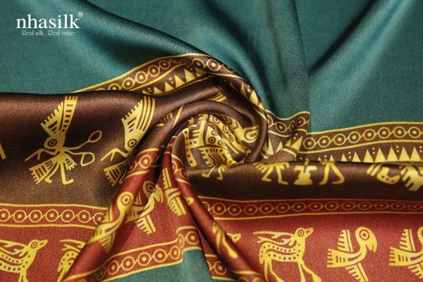 khăn lụa trống đồng
