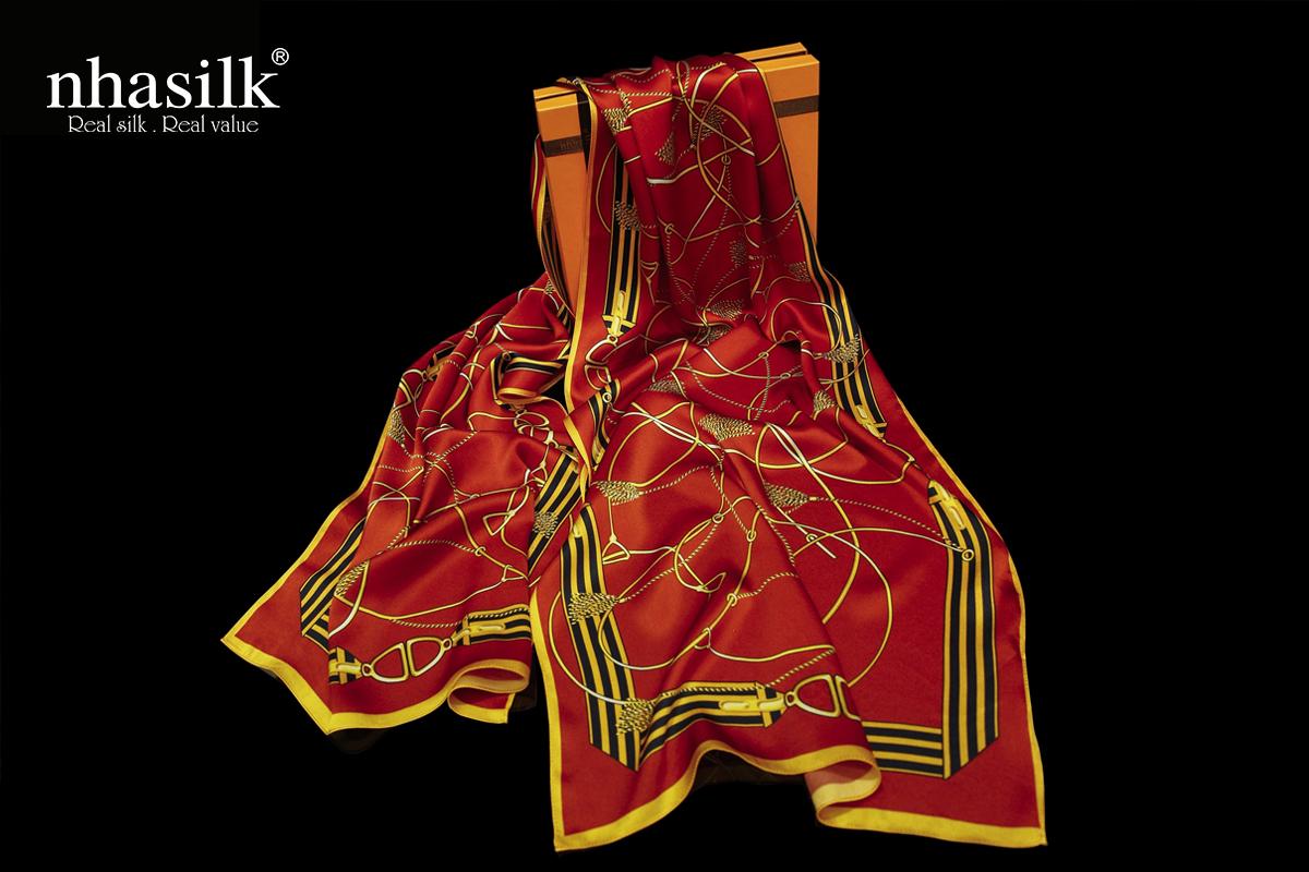 Khăn choàng lụa họa tiết Nghệ thuật đương đại đỏ