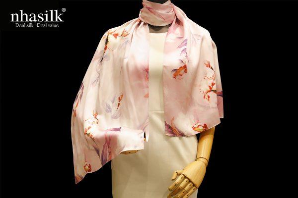 khăn lụa hoa lan