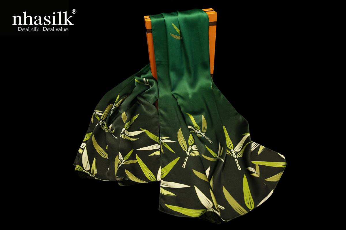 Dòng khăn lụa lá trúc xanh lá của nhasilk
