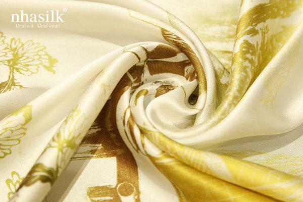 khăn lụa tây nguyên