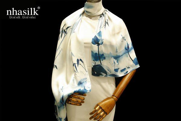 khăn lụa tranh thủy mặc