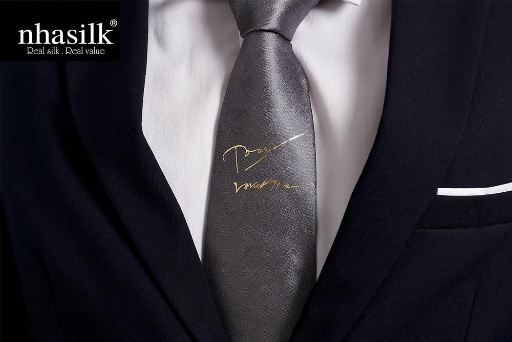 Dát vàng chữ ký
