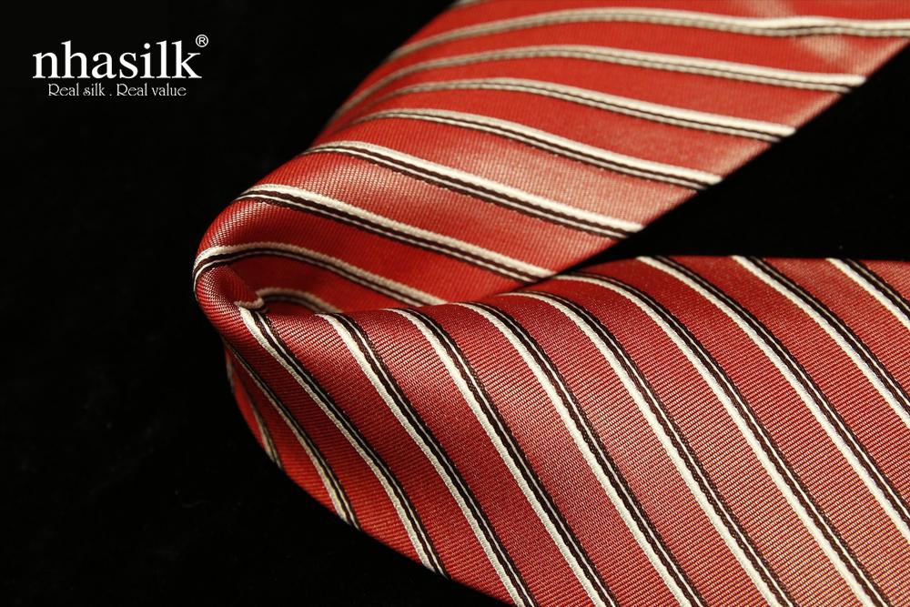 Cà vạt lụa tơ tằm sọc đỏ nâu trắng | Nhasilk