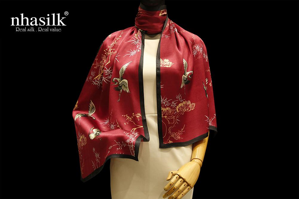 khăn lụa hồng hạc trúc