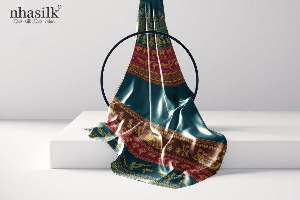 khăn lụa dài trống đồng