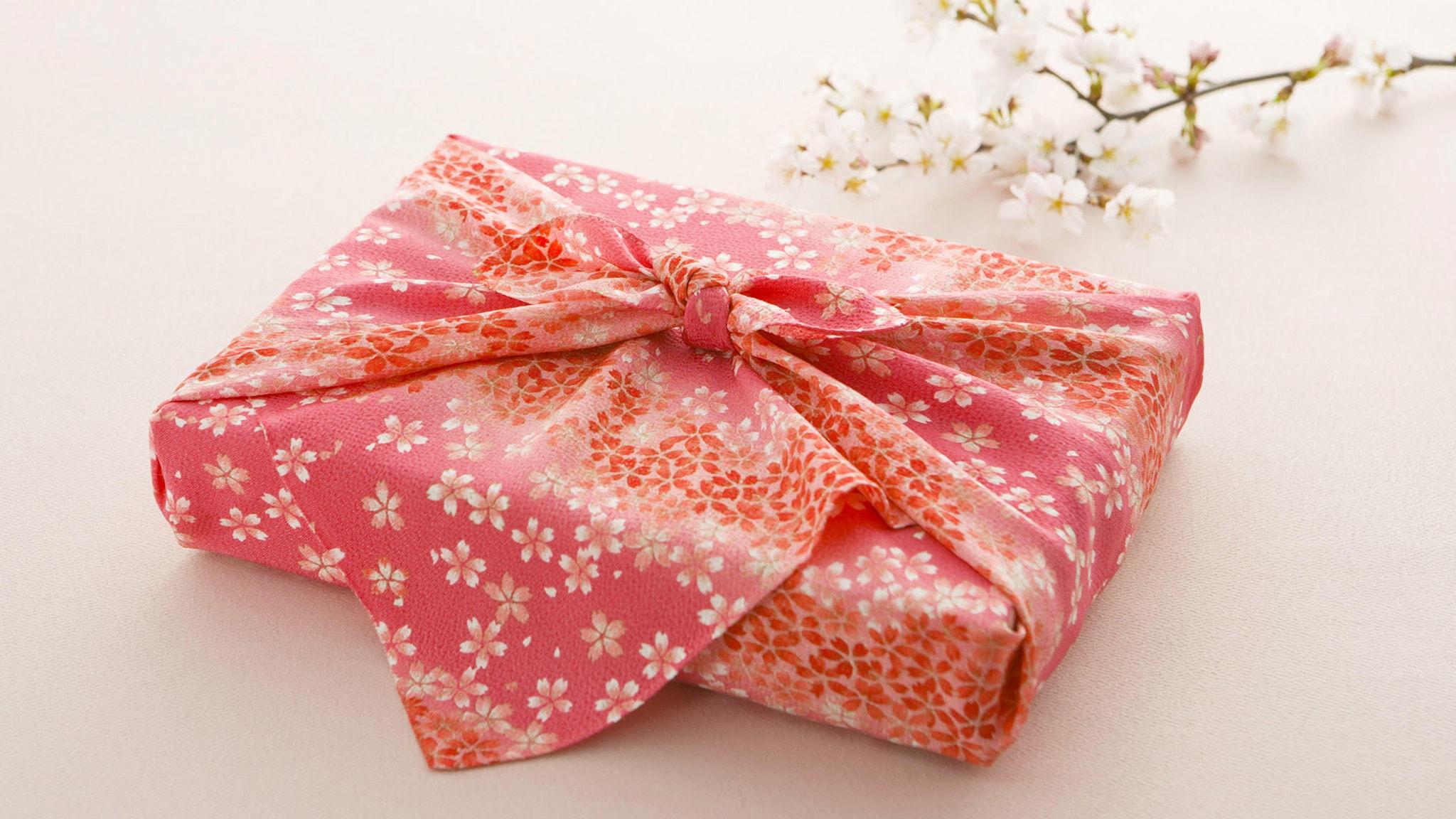 Quà tặng người Nhật