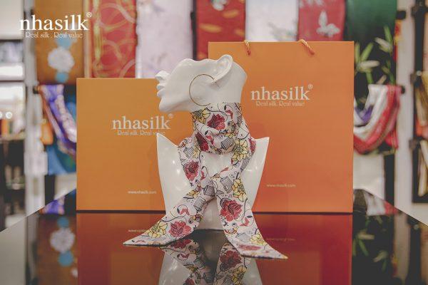 khăn lụa turban hoa hồng