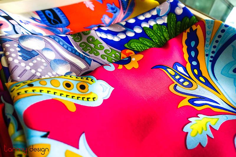 khăn choàng cổ lụa cao cấp Bảo Lộc Silk
