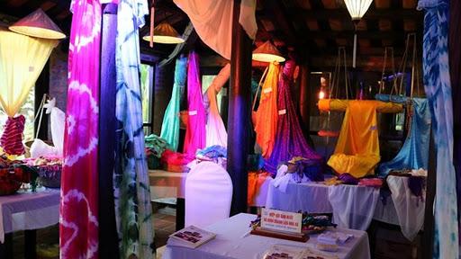 Các làng nghề lụa Việt