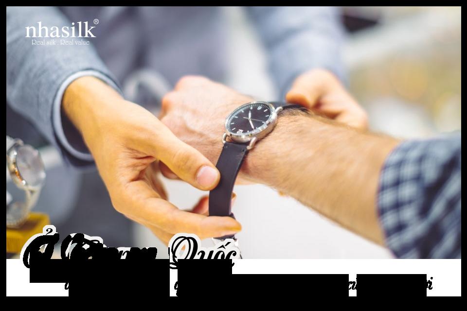 Ở Trung Quốc, đồng hồ là món quà ám chỉ sự ngắn hạn của đời người