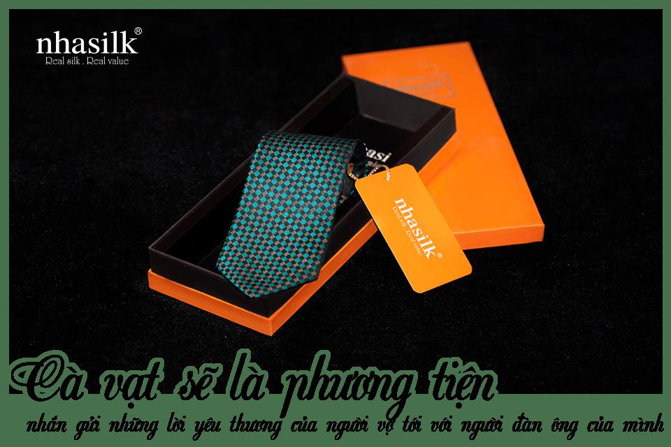 Cà vạt sẽ là phương tiện nhắn gửi những lời yêu thương của người vợ tới với người đàn ông của mình