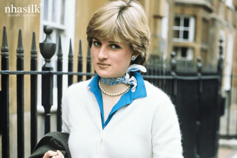 Bên cạnh nữ hoàng Elizabeth II thì những thành viên khác của hoàng gia Anh