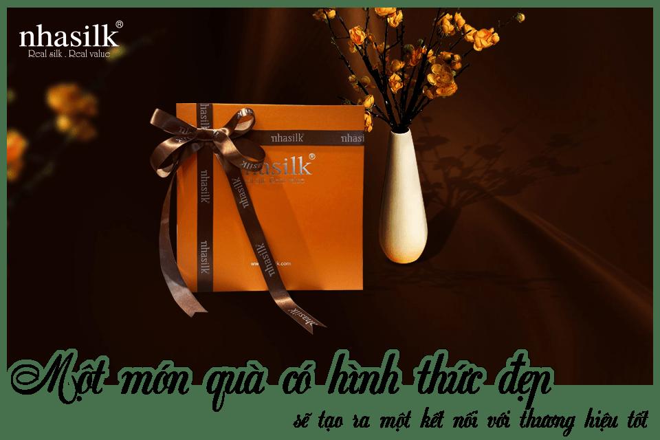 Một món quà có hình thức đẹp sẽ tạo ra một kết nối với thương hiệu tốt