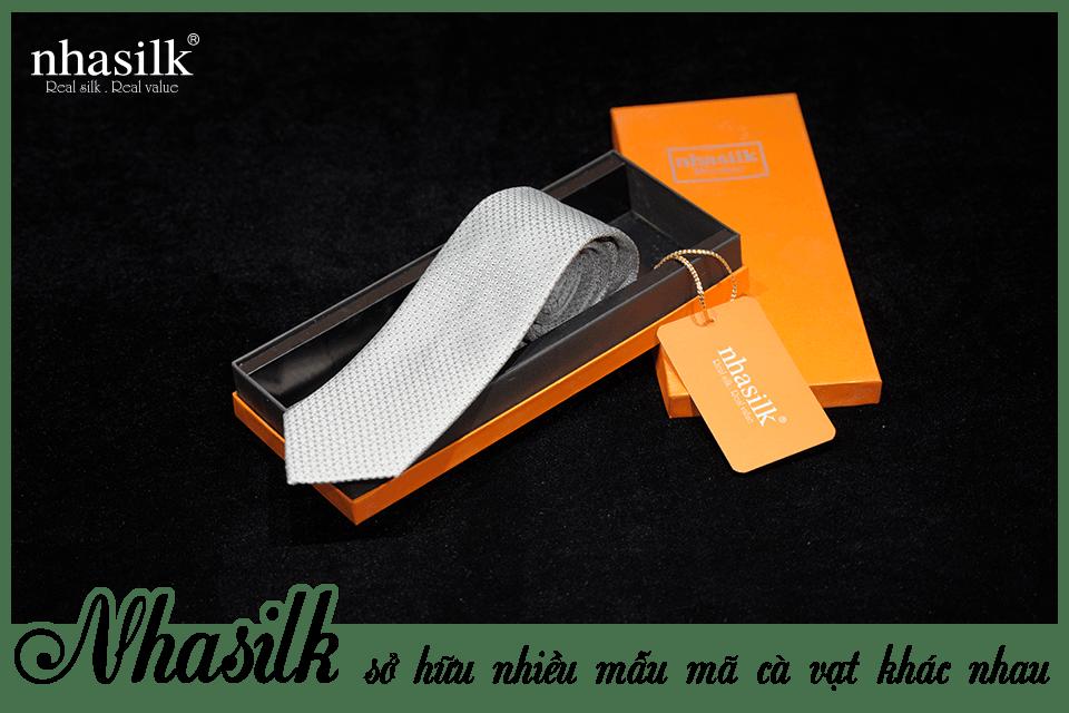 Nhasilk sở hữu nhiều mẫu mã cà vạt khác nhau