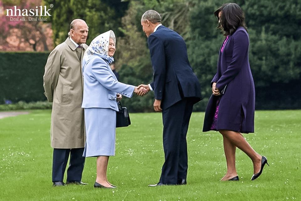 Vào năm 2016, trong lễ tiếp đón vợ chồng cựu tổng thống Mỹ Barack Obama tại Windsor