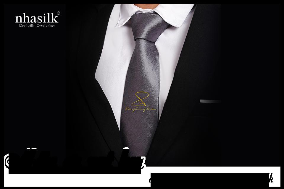 Mẫu cà vạt lụa dát vàng độc đáo của Nhasilk
